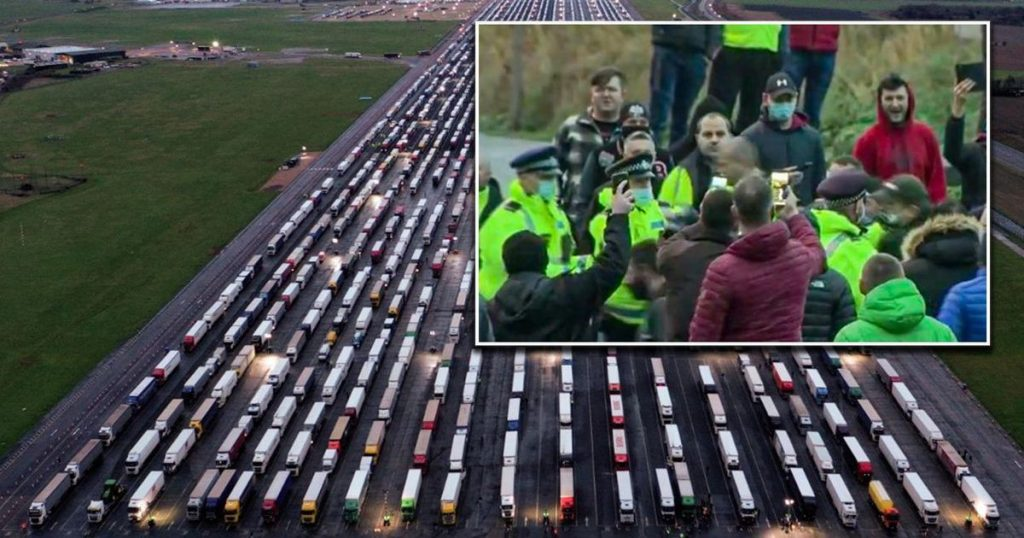 Truckers Begin Quick Tests Dover: Unsure If They Will Arrive By Christmas |  abroad