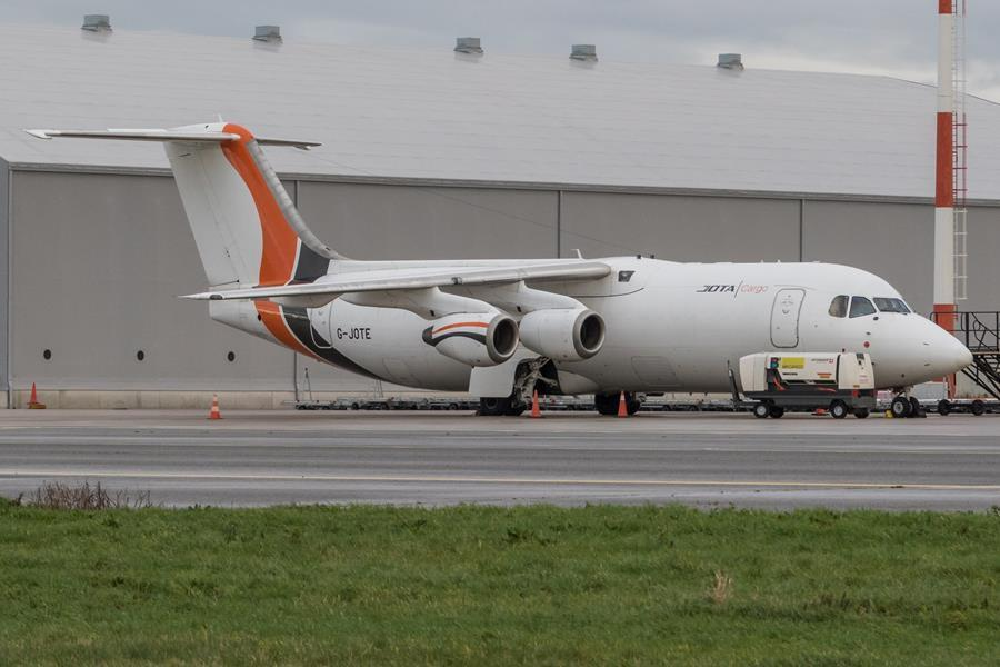 Shipping company Jota Aviation connects Ostend Airport to the UK on a daily basis - KW.be