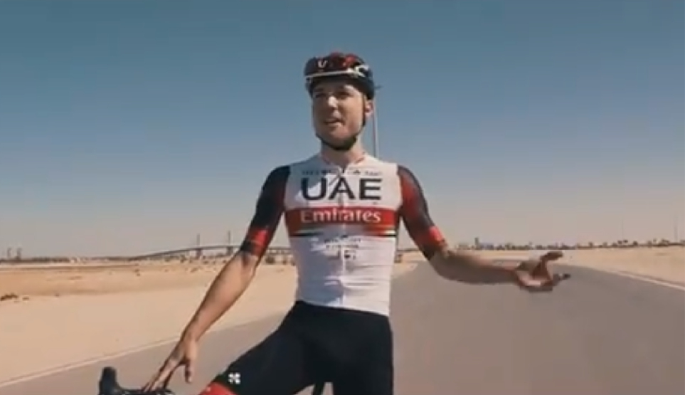 Nu ook officieel: toptalent Marc Hirschi vergezelt Tourwinnaar Tadej Pogacar bij UAE Team Emirates