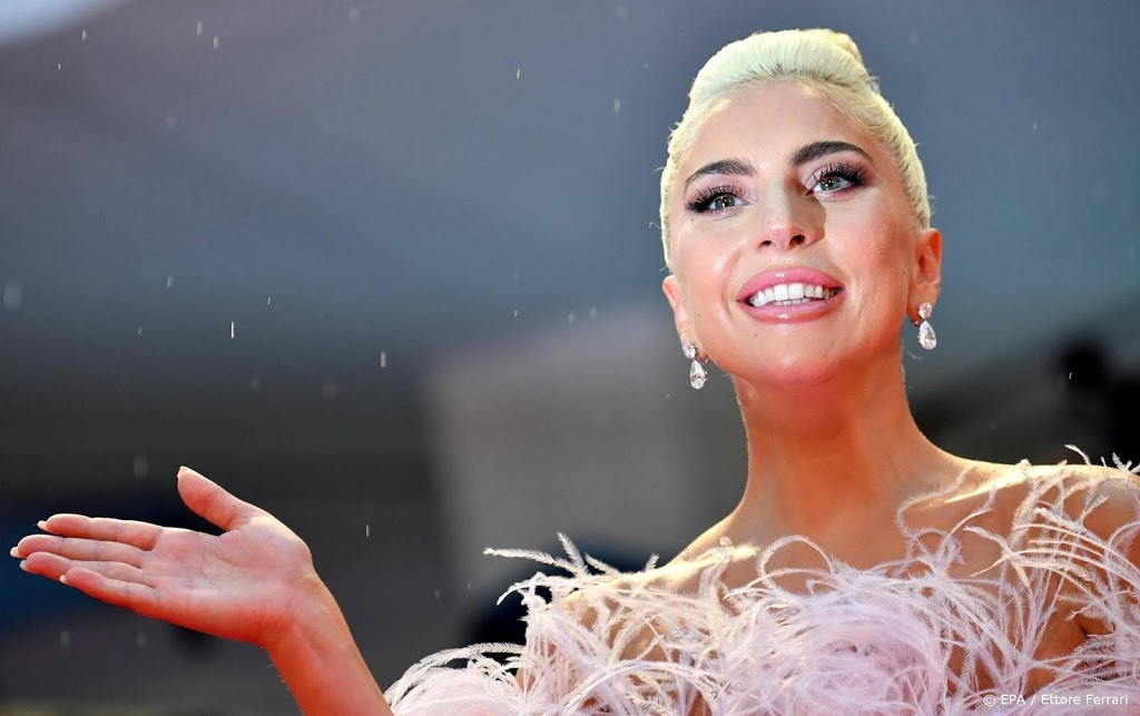 Lady Gaga is silent and crying after Joe Biden's election - Wel.nl
