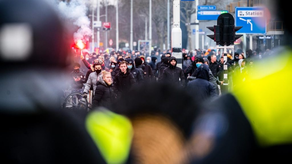 Police consider helping the Middle East from Germany and Belgium in the new riots |  right Now