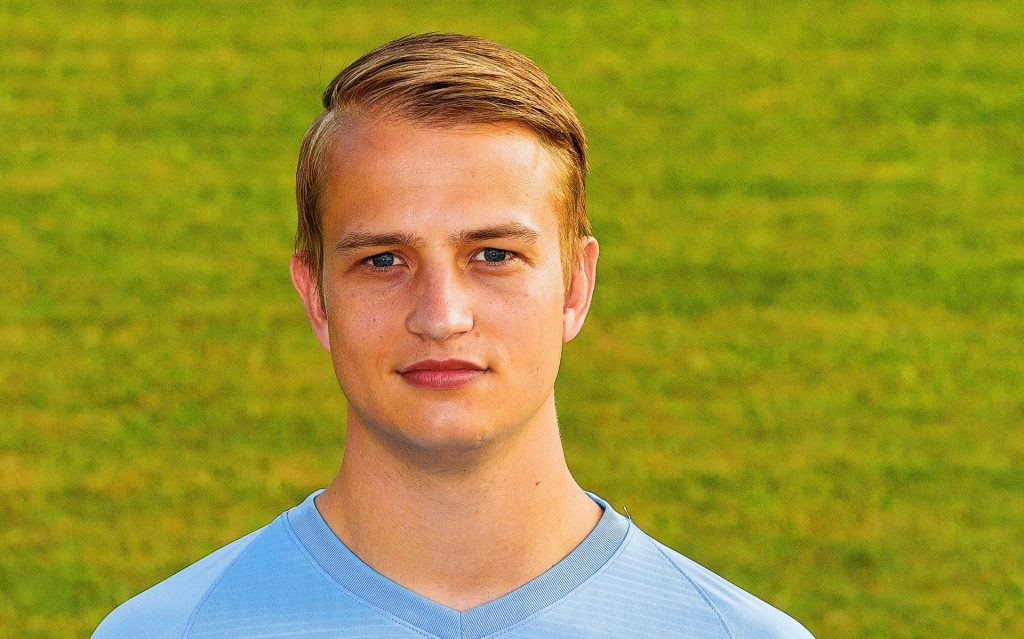 Goalkeeper Jørn Jan van de Bild moves from HHC Hardenberg to Hoogeveen