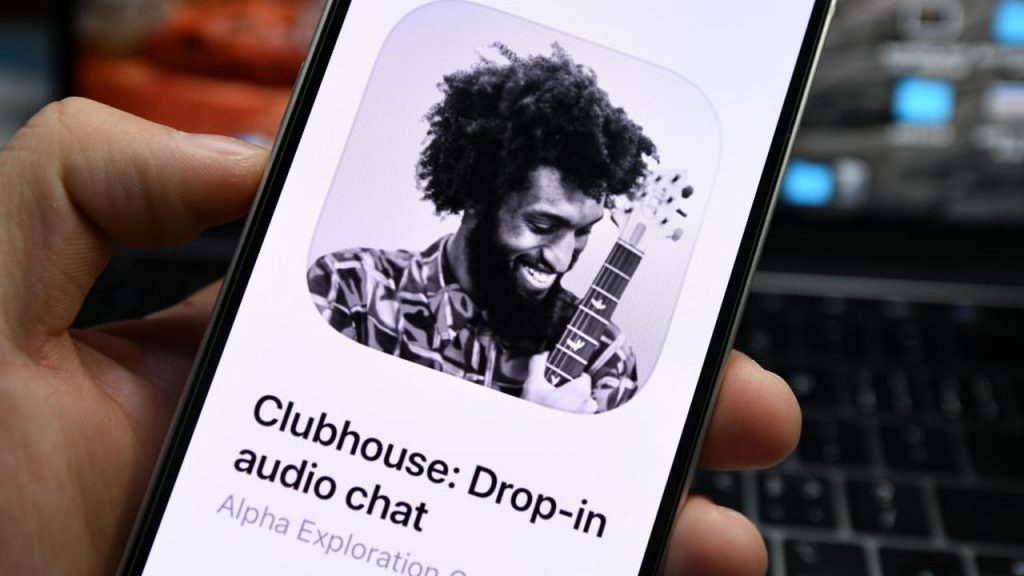 Chatapp Clubhouse is getting more and more popular, but what exactly is it?  |  right Now