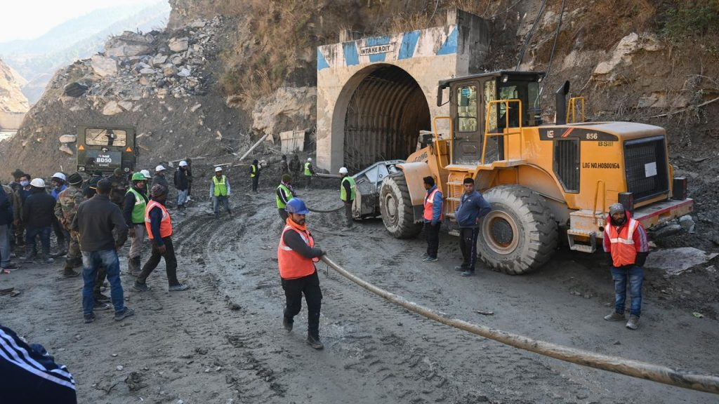 Indian workers trapped in a collapsed tunnel for four days after the floods |  right Now