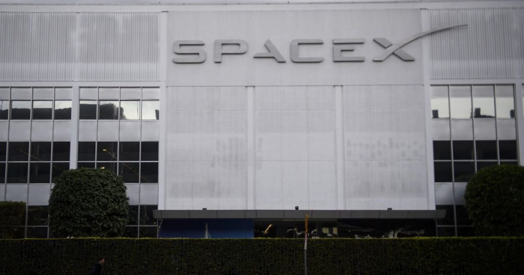 SpaceX will soon bring its first space tourists |  abroad