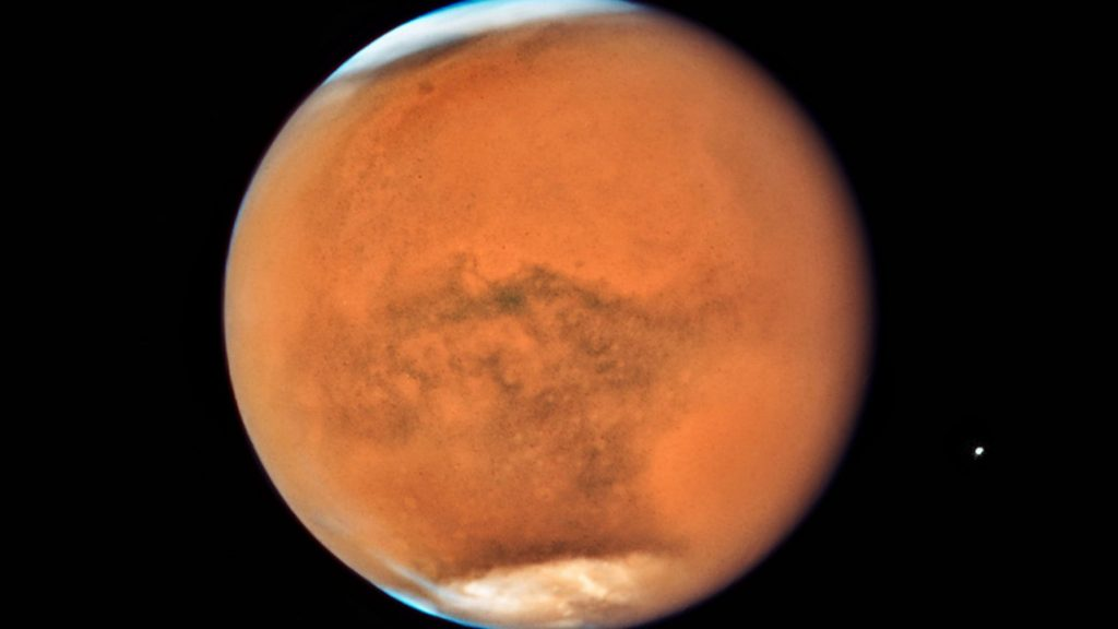 Three spacecraft reach Mars: it's cracking there