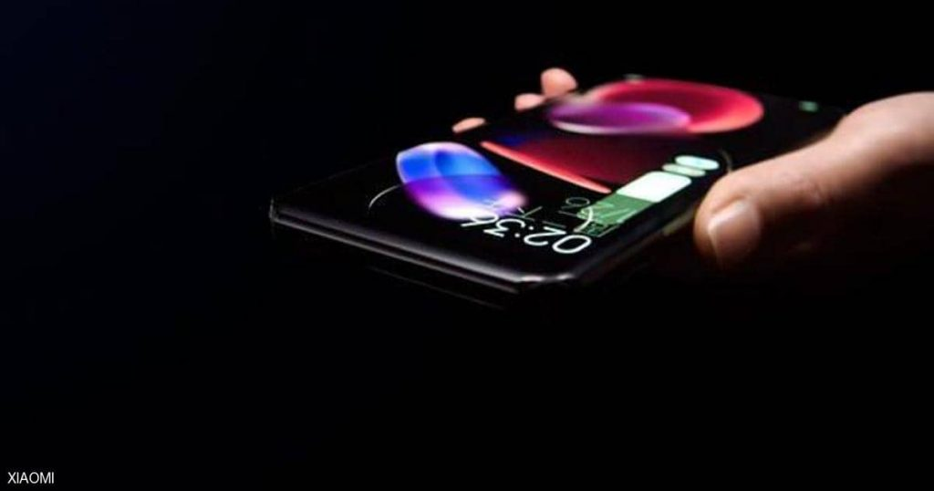"""Without ports, no buttons, a Chinese company reveals the """"amazing phone"""""""