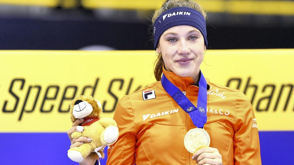 """Schultung makes unexpected sports predictable: """"She's a superwoman""""    Currently"""