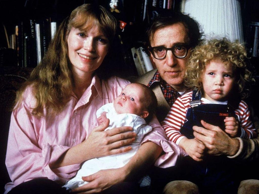 Allen v.  Farrow S01: Woody Allen drops forever