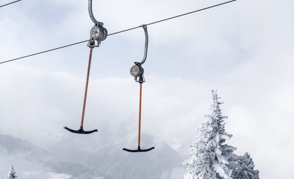 Ski areas with many traction lifts