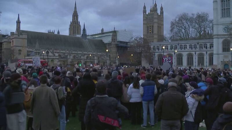 Hundreds of Britons demonstrate again in London after the killing