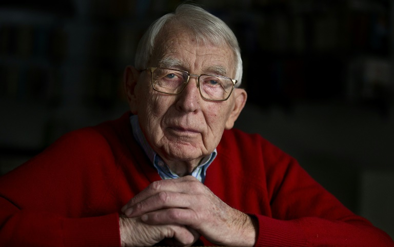 RTL Today - Dutch pioneer: Father of a cassette tape dies at 94