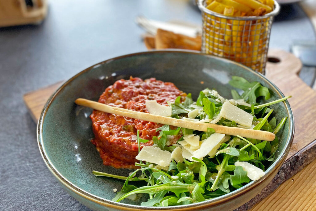 The most delicious French winter sports dish: Steak Tartare