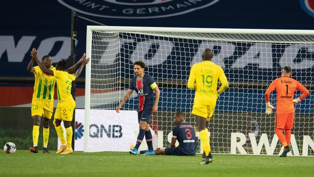 FC Nantes celebrates a goal against Paris Saint-Germain.