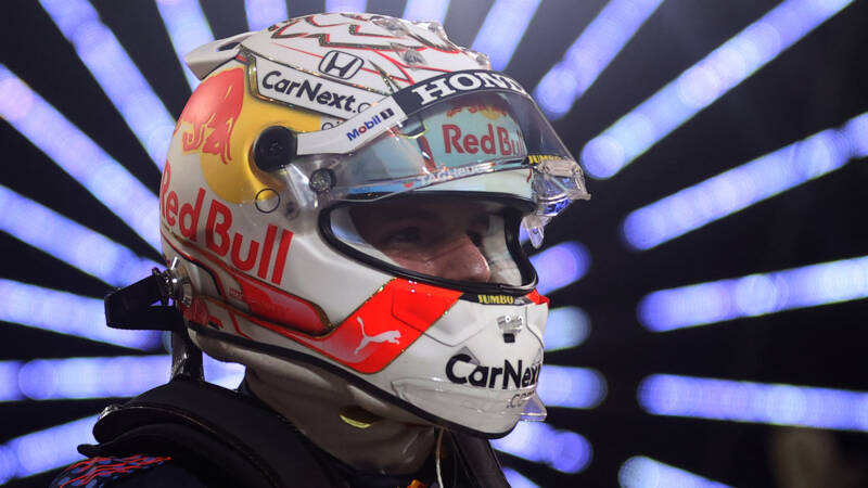 """Verstappen immediately takes center stage in Bahrain: """"This is fun"""""""