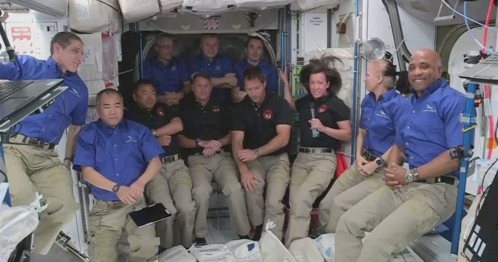 """Crew Dragon"" astronauts enter the International Space Station - rts.ch"