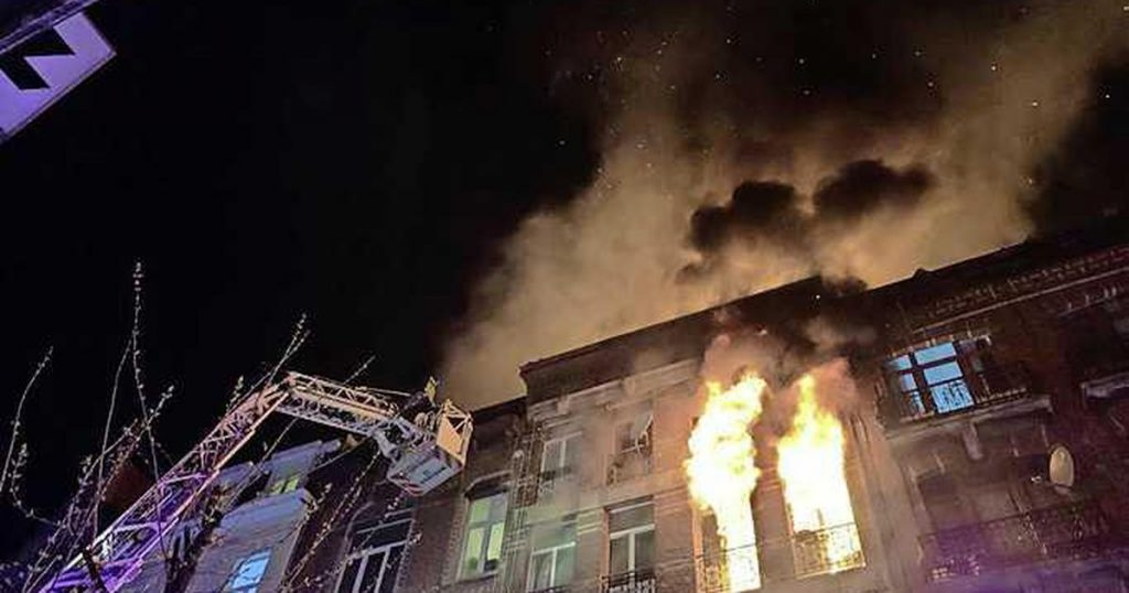 25 injured in a dangerous house fire in Anderlecht, near Brussels  abroad