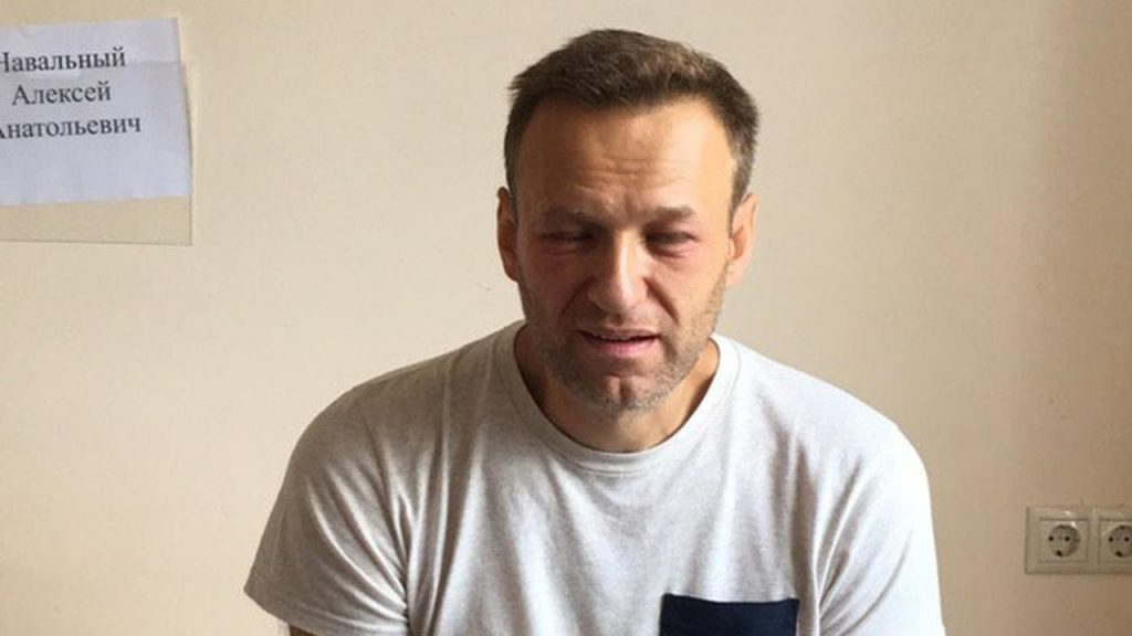 Navalny, the leader of the Russian opposition, ends his hunger strike |  right Now