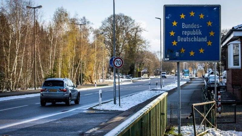 Passengers traveling across the Dutch border can take a free express test in Germany