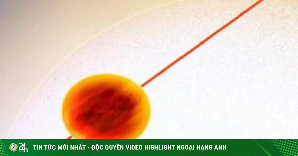 """He discovered the planet """"Hell"""" so hot that almost everything evaporated"""