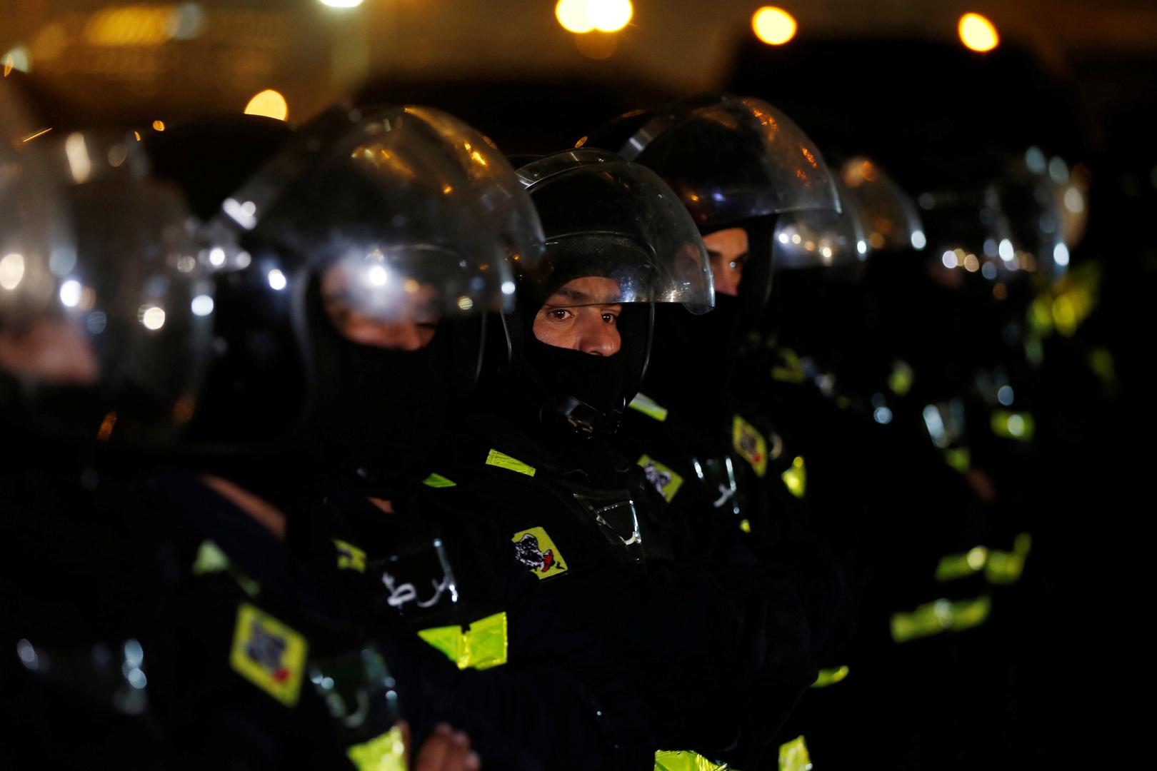 Jordan .. Arrest of an officer and police officers