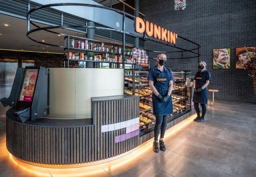 Dunkin 'opens in Van der Valk