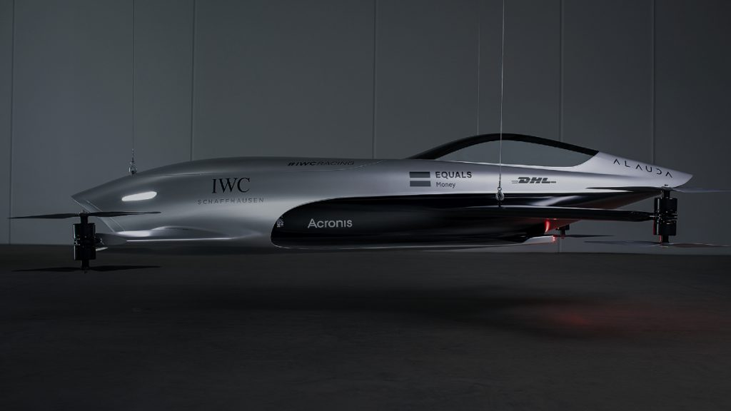 The first flying electric car is already operational this year