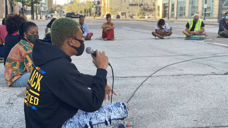 Black Milwaukee is watching the Democrats suspiciously