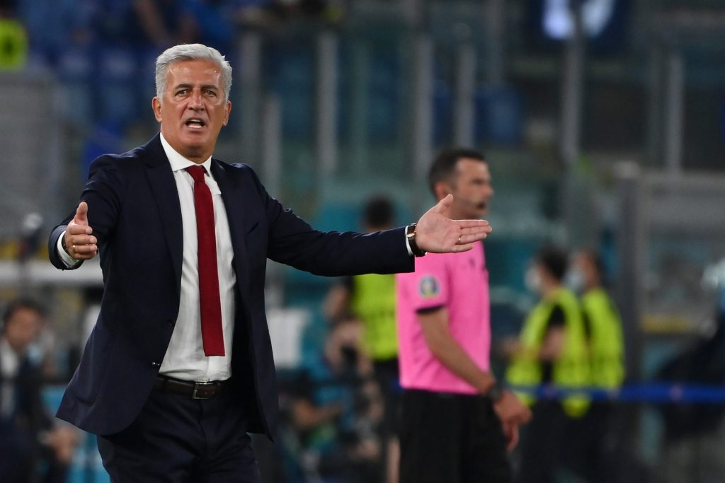 Switzerland coach finds many trips but nothing: ``Players never complain'