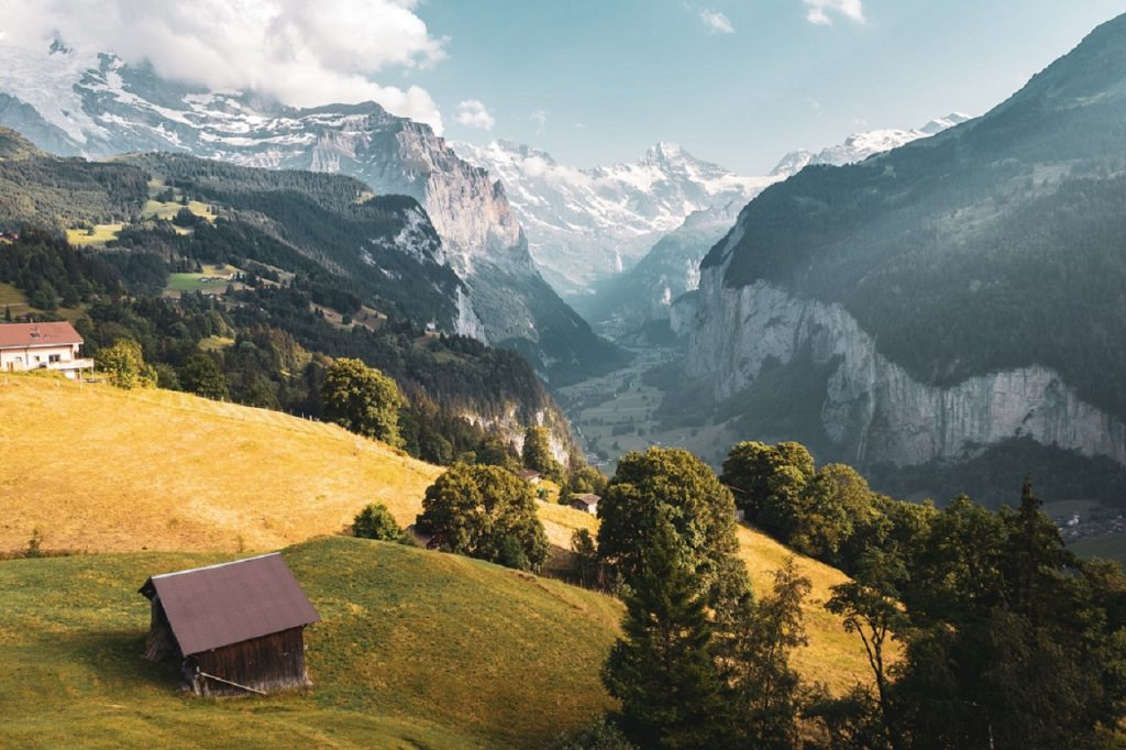 Switzerland to ease border policy for Dutch travelers from June 26
