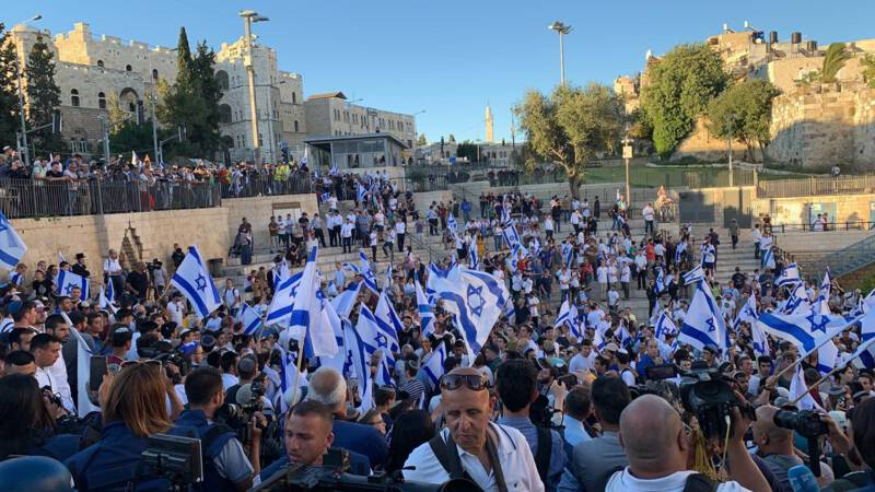 """Tense atmosphere in Jerusalem due to the """"flag march"""" of ultra-nationalist Israelis"""