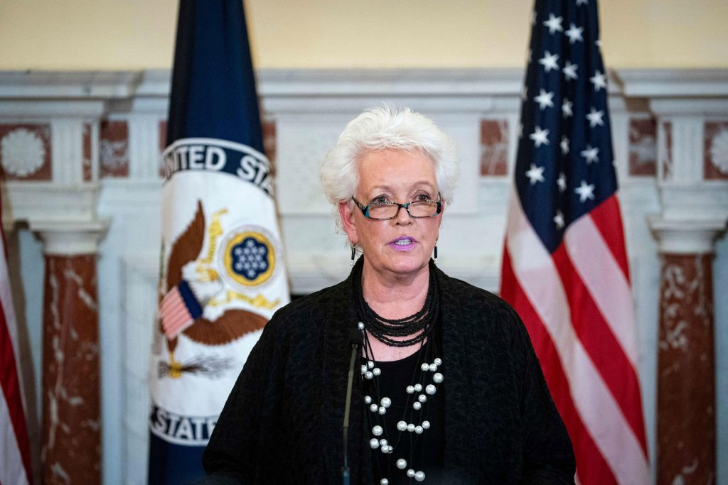 US begins reopening as Covid-19 cases drop