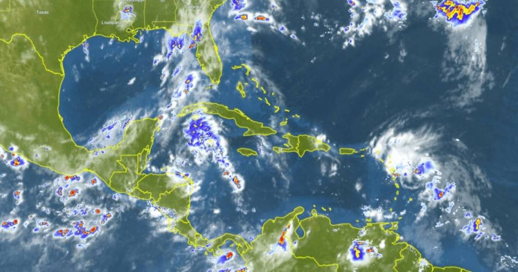 Unusual scenario: Two hurricanes may make landfall at the same time |  abroad