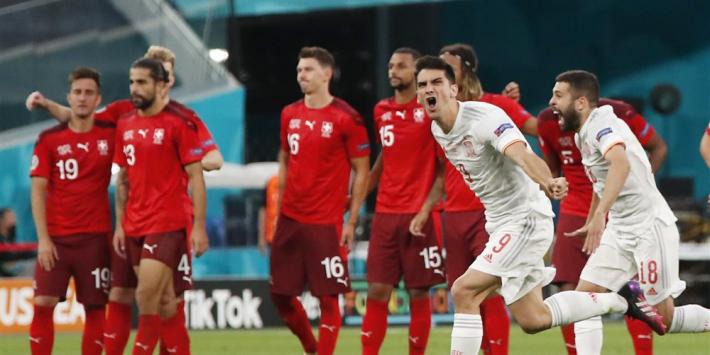 Zwitserland uitgeschakeld na zenuwslopende penalty's