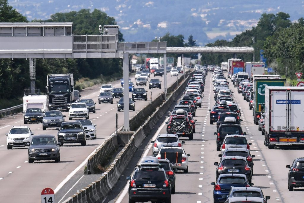 The first and already busy Black Saturday on European roads: ...