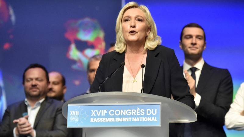 Le Pen re-elected as leader: We will not return to the National Front