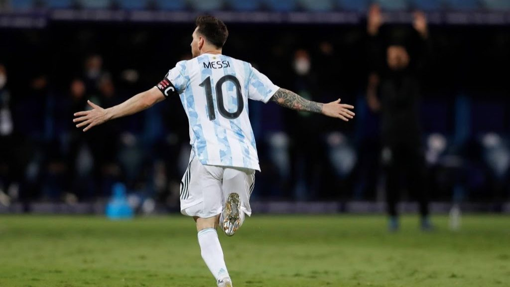 Messi leads Argentina to the semi-final against Colombiaومبي