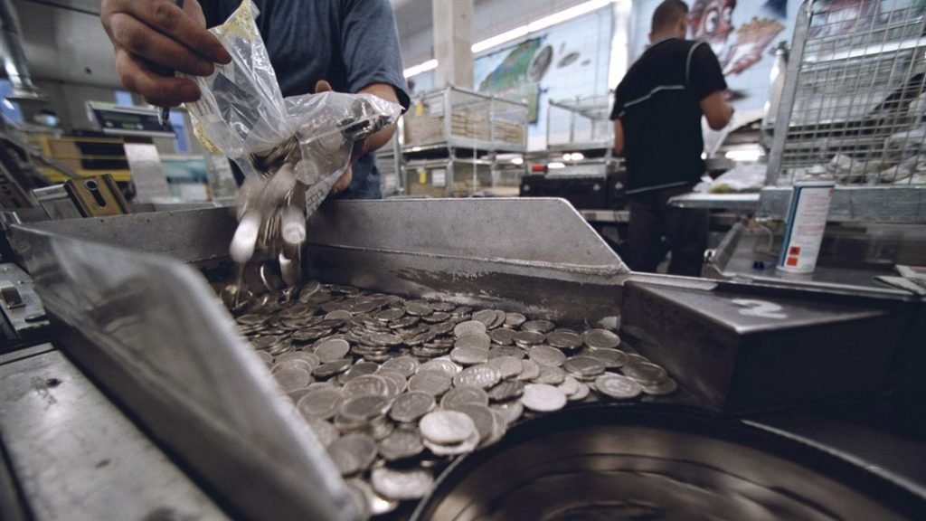 The Frisian businessman is not compensated by the DNB for waste euro coins