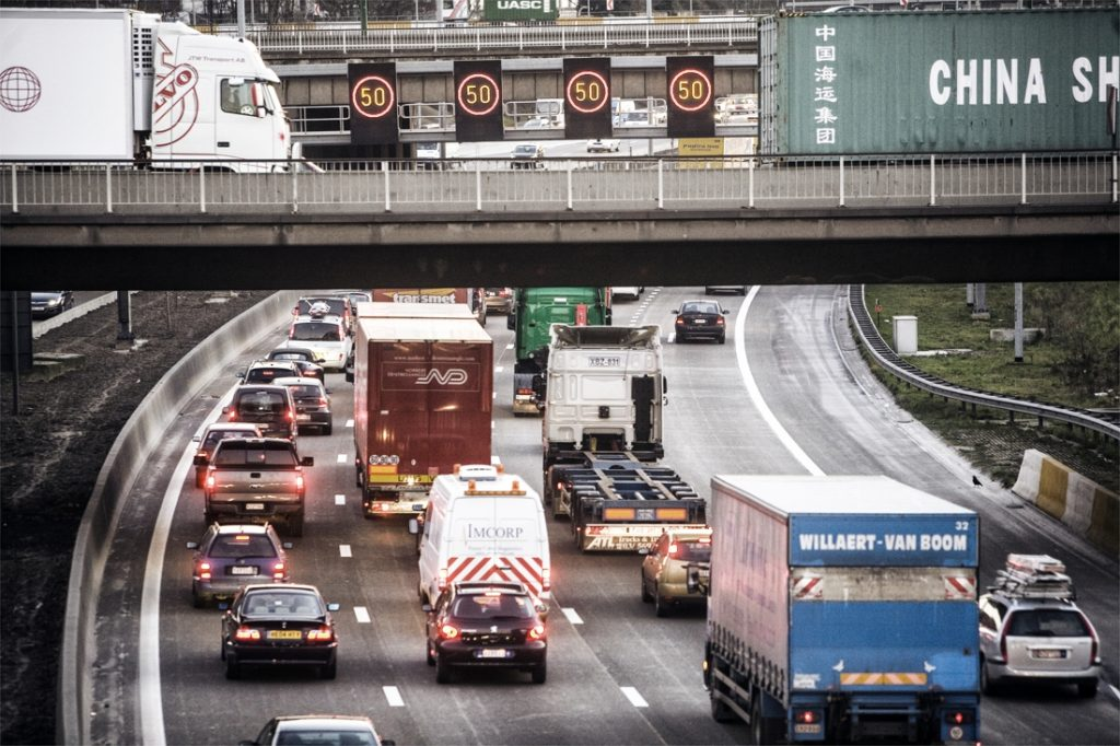 Traffic jam record in France killed by mass exodus
