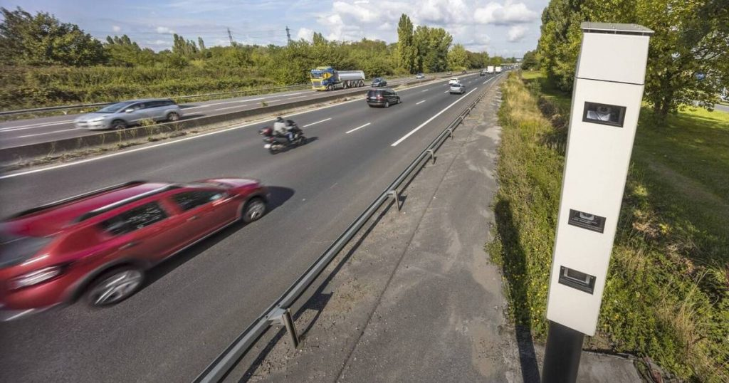 'Ultra-fast camera' is now also used in Belgium to fight traffic violators    the cars