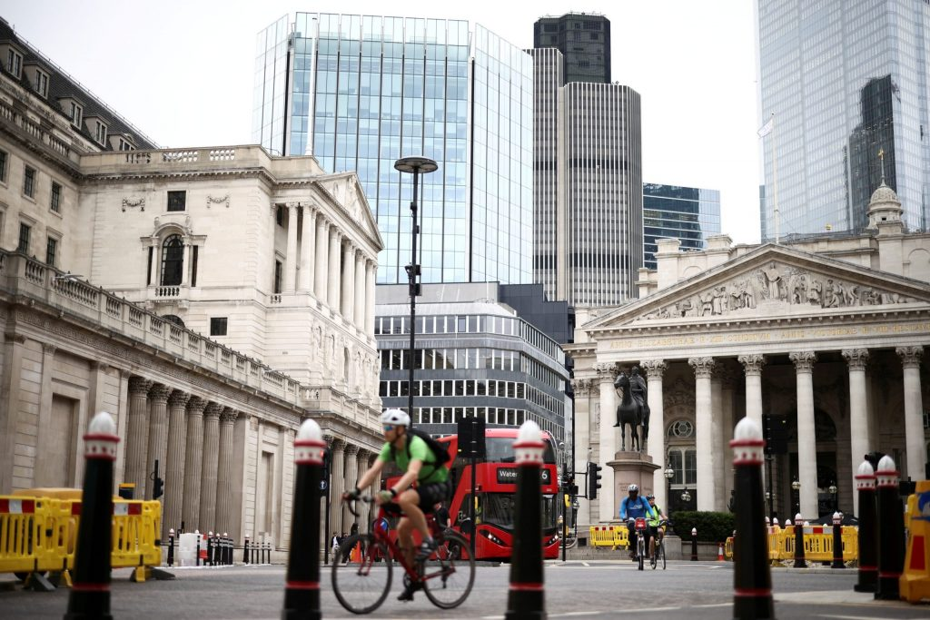 High inflation in Britain finally caused the intervention of the Bank of England