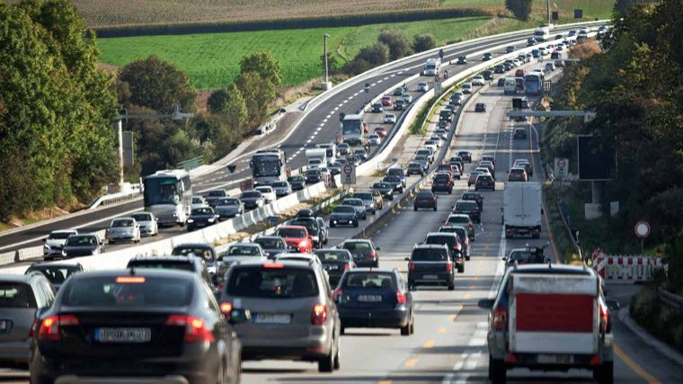 Traffic congestion outside