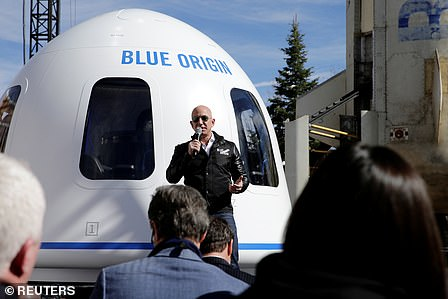 Jeff Bezos and celebrity fiancé Lauren Sanchez arrive in Los Angeles on his $65 million private jet