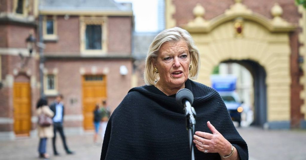 Broekers-Knol Overturns Family Reunification Policy for Asylum Children |  Policy