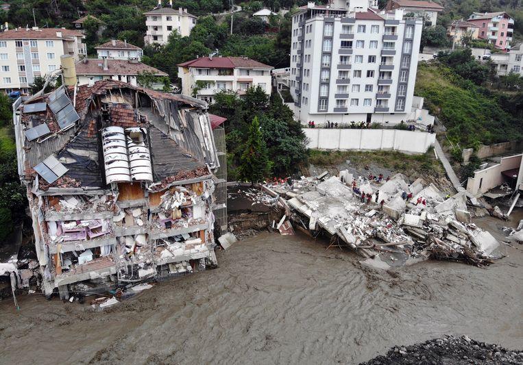 Dozens killed in floods in Turkey after torrential rains