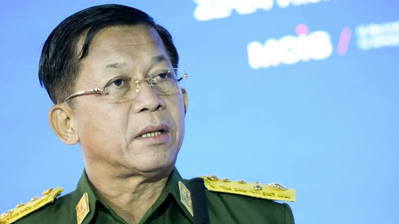 Myanmar army chiefs promise new elections