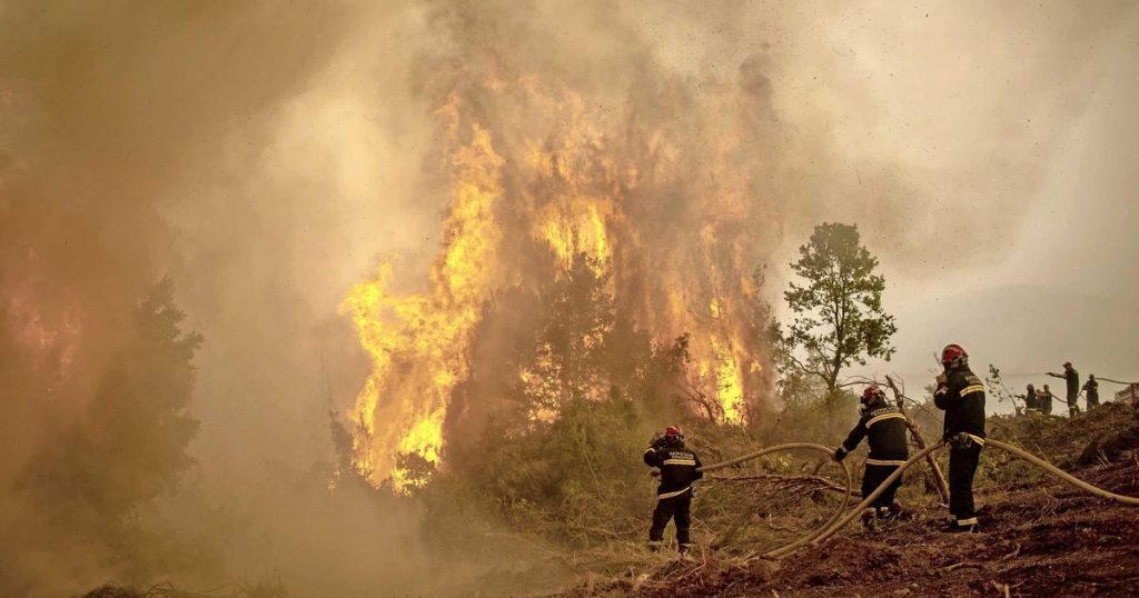 Rain offers hope to Greek fire brigade |  abroad