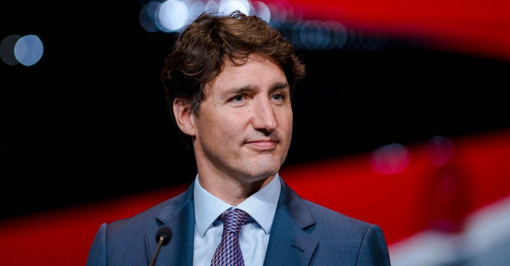 Trudeau weighs Canadian early elections