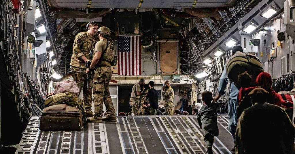 """""""US Veterans Rescue 500 Afghanis From Kabul During Secret Operation""""    Abroad"""