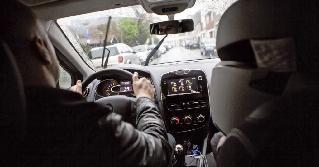 Judge: Uber driver is an employee |  Financial issues